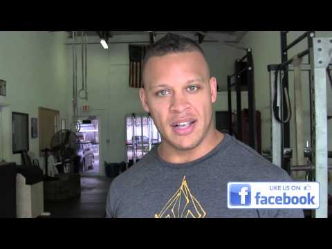Elliott Hulse - What is the Best Way to Improve Your Squats?