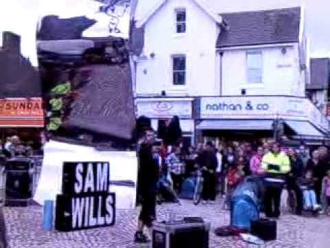 sam wills street performing in blackpool part 1