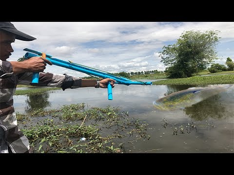 Amazing Compound Crossbow Fishing-How To Make Crossbow Fishing Uses Water Pipe To Shoot Fish