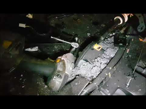 2006 pontiac torrent heater core removal