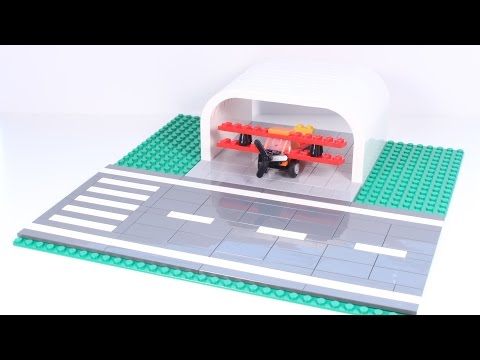 How to Build: LEGO Airplane Hangar & Runway