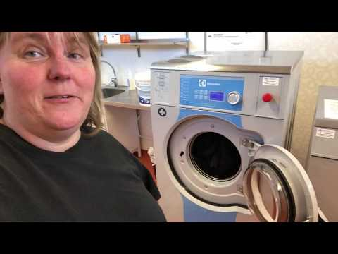 Small RV life update on Laundry opportunity on the go! Lifeisaweome you know!