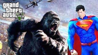 SUPERMAN BATTLES KING KONG - GTA V MOD GAMEPLAY