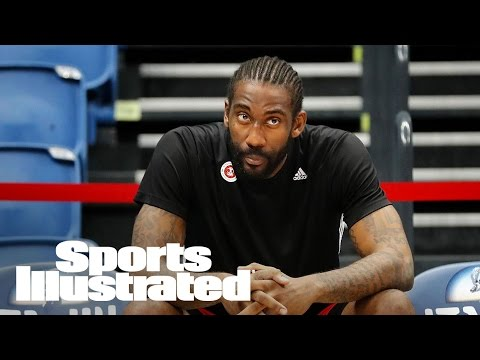 Ex-NBA Player Amar'e Stoudemire Says He Would Avoid Gay Teammate | SI Wire | Sports Illustrated