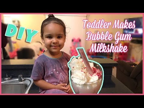 TODDLER MAKES YUMMY MILKSHAKE ALL BY HERSELF!