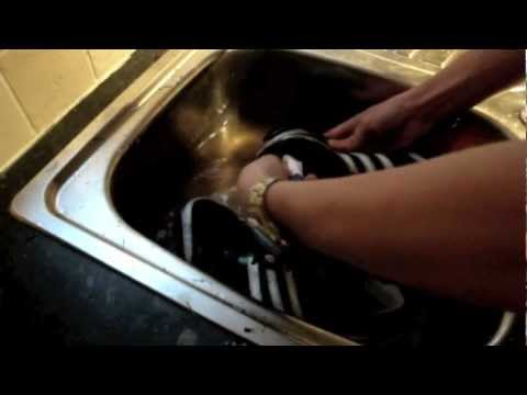 How to: Clean your running spikes or shoes