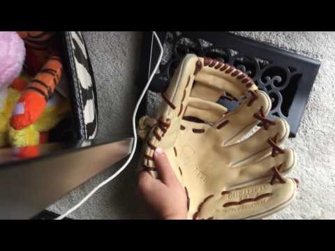 How to oil baseball glove