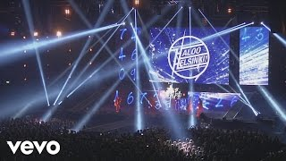 Haloo Helsinki! - Seitsemän miljardii (Live)