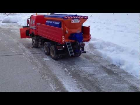 See it RC -  Salt Spreader With Snow Plow