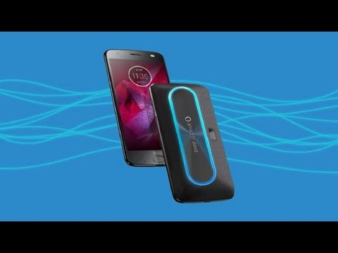 Alexa Smart Speaker of Moto Z: turns the phone into a kind of improvised version of the Amazon Echo.