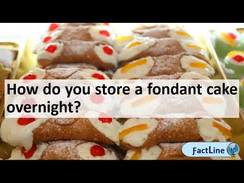 How long can a cake with fondant sit out | How do you store a fondant cake overnight?