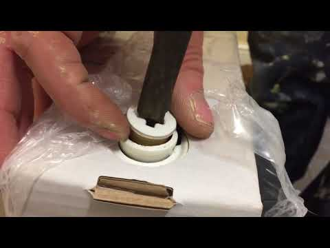 How to remove vent and valve plugs from Kudox radiators
