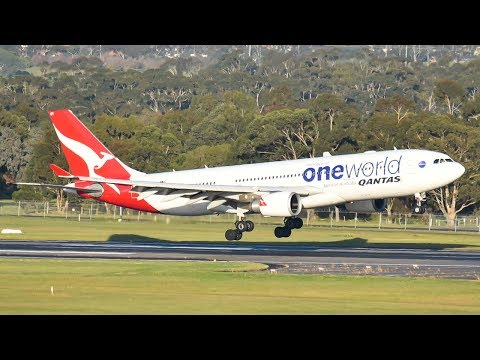 SMOOTH Qantas A330 'ONEWORLD' Landing at Melbourne Airport