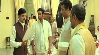 Nana Patekar Warns Manoj Bajpai Of Suspension - Raajneeti