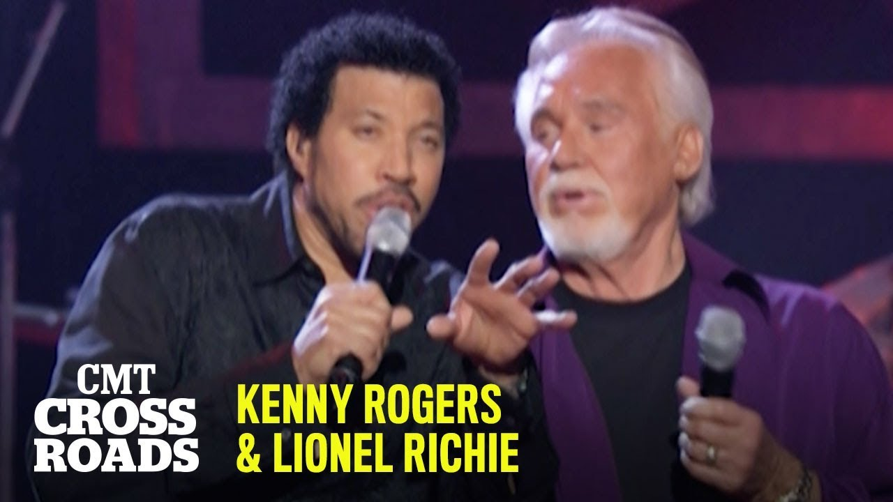 "Kenny Rogers & Lionel Richie Duet on ""The Gambler"" Live | CMT Crossroads"