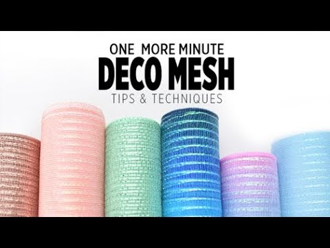 One More Minute: Deco Mesh Wreaths