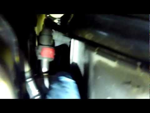 Ford Focus 2008 - Fuel Filter, Requesting removal details