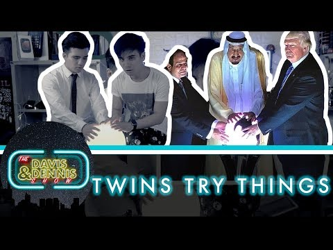 Recreating 2017 memes! | Twins Try