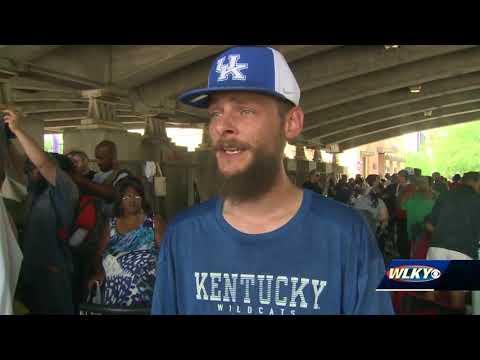 Hip Hop producer helps Louisville's homeless community