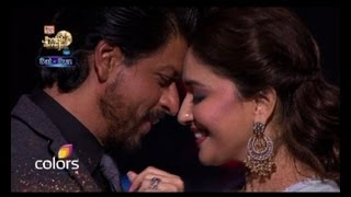 Shah Rukh Madhuri re create magic on stage