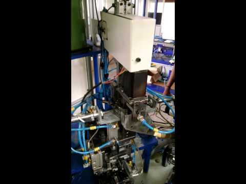 Automatic cigarette lighter assembly machine