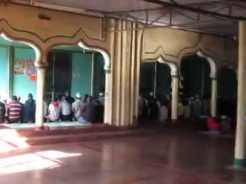 Inside Masjid Makina - A Mosque in Africa's Biggest Slum!