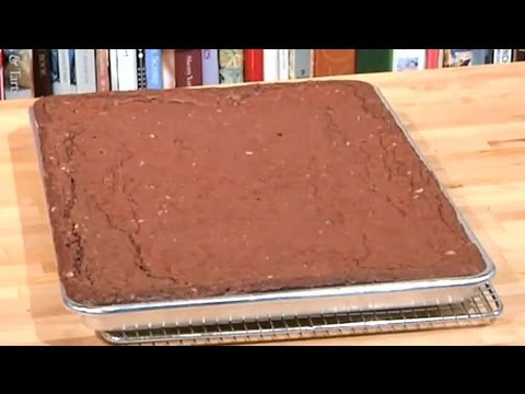 How to Make a Large Batch of Brownies : Sweet Recipes