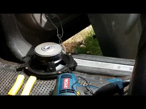 How to change door speakers out 07 Yukon denali