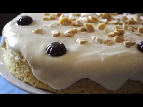 14 Minute Microwave Vanilla Cake