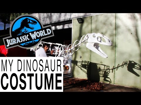 RAPTOR MARIONETTE. My mechanical dinosaur costume