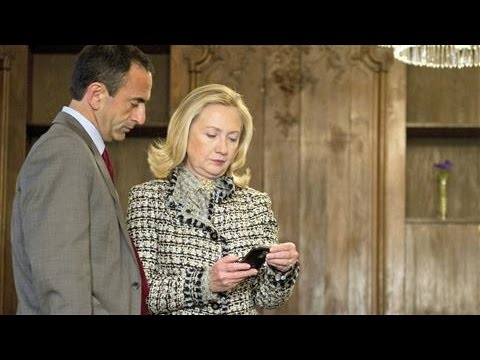 Hillary Clinton's Student Debt Twitter Emoji Misfire