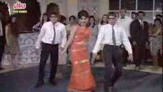 Aaj Kal Tere Mere Pyar Ke ( brahmachari )