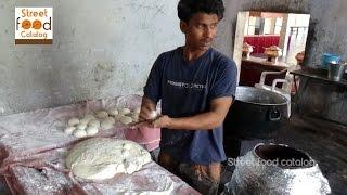 How To Make Tandoori Roti - Naan without Tandoor - Tandoori Roti Recipe - Hyderabad Street Food 2016