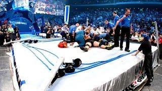 TOP 10 pha sập sàn đấu khủng khiếp nhất lịch sử WWE