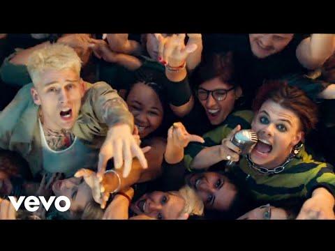 Xxx Mp4 Machine Gun Kelly YUNGBLUD Travis Barker I Think I 39 M OKAY Official Music Video 3gp Sex