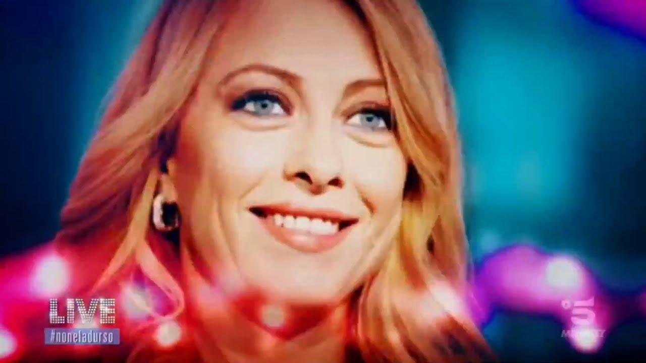 """Seguite Giorgia Meloni in diretta da """"Live Non è la D'Urso"""", su canale 5!"""