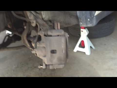 How to Easily Loosen Seized Stuck Frozen Caliper Pin Bolt Easily, Well if you have this!