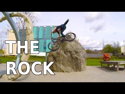 Ali Clarkson Vlog 2 -The Rock