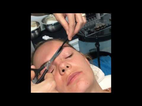 Eyebrow tutorial with the Brow Rehab® eyebrow waxing method.