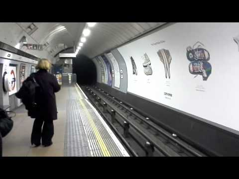 Tube: Northern line approaching Camden Town