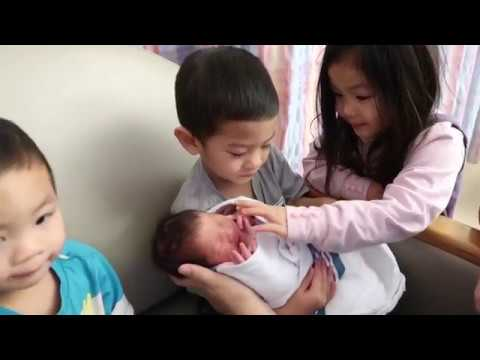 TWINS MEET THEIR TWIN SISTERS FOR THE FIRST TIME - 5 KIDS 4 AND UNDER
