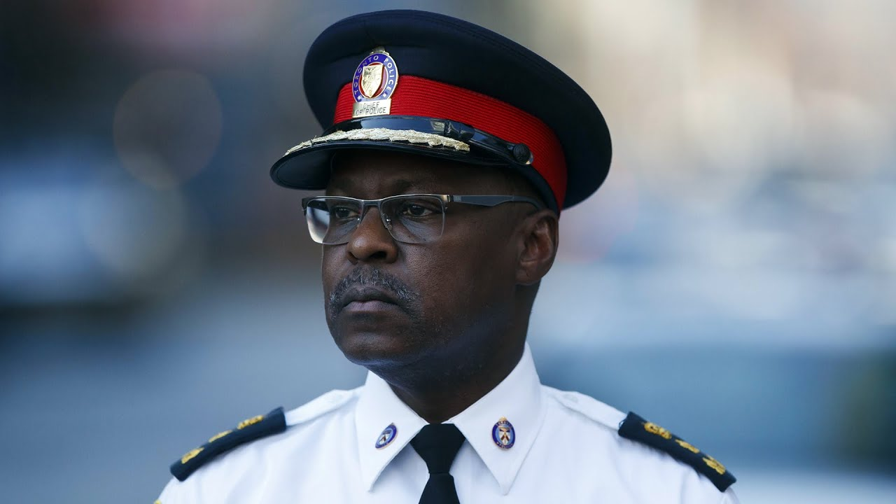 Toronto police Chief Mark Saunders steps down