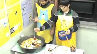 Download How to make Tteokboki 떡볶이 (Korean Spicy Rice Cake) Video