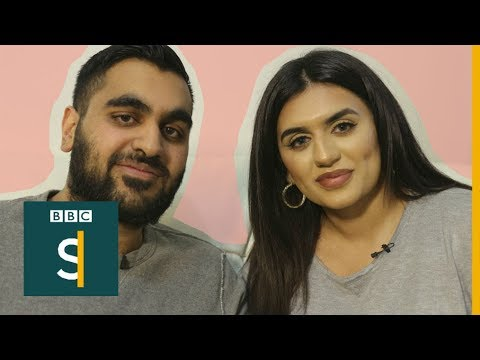What it's like to hear voices (Like Minds Ep.10) BBC Stories