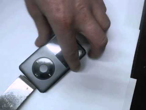 How to open the iPod classic housing