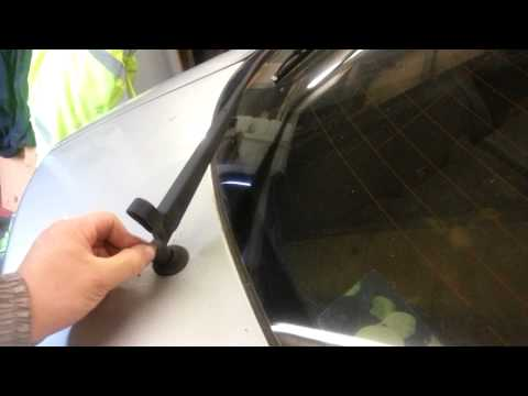 HOW TO CHANGE REPLACE REAR WIPER ARM MAZDA 6 2005