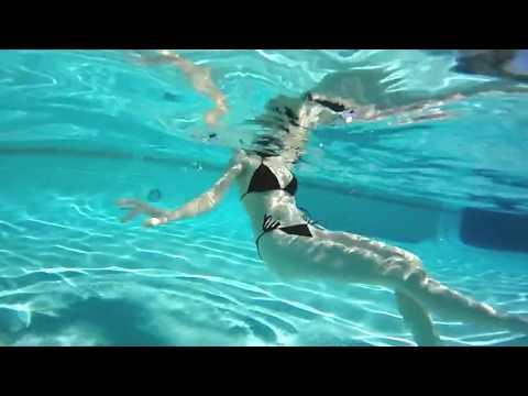 Xxx Mp4 Emily Bloom Pool Hot Tub And Shopping 4K 360° Virtual Reality 3gp Sex