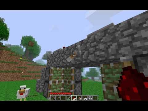 Minecraft How to Build Hidden Piston Door
