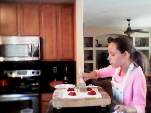 How to make Cherry turnovers