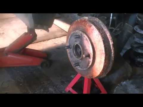 HOW TO REPAIR REAR BRAKES ON A 2003 FORD FOCUS PT 1